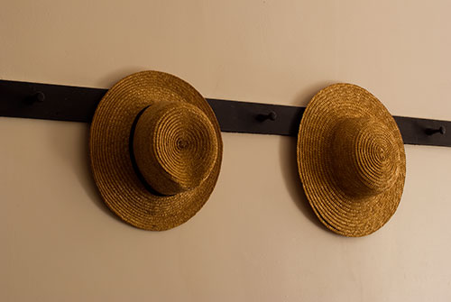 SHA5 Straw Hats Shaker Village KY