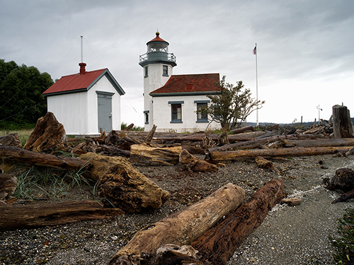 Point_Robinson_Light_Maury_Is_Tacoma_WA
